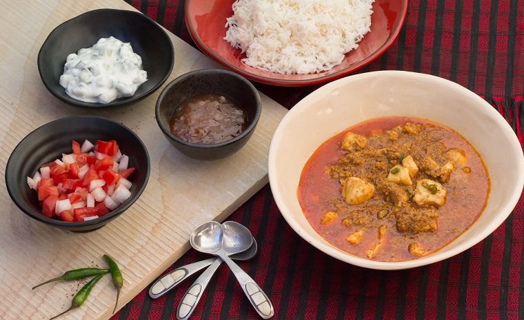 Indian-style Curry of Carp